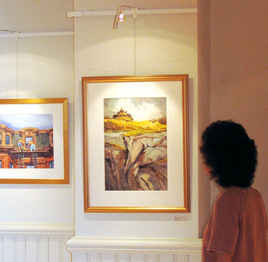 Questions about picture hanging systems? Ask Gallery System