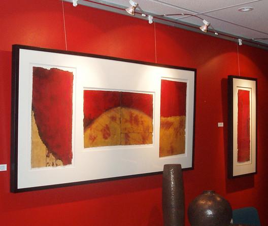 Lighting Option for Art Hanging System & Art Hanging System With Lighting: Gallery System