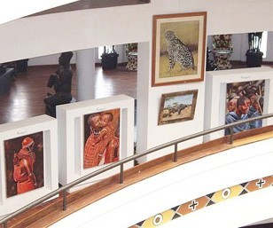 Picture Rail System for Art Hanging by Gallery System