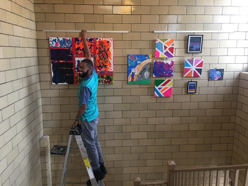 Displaying Student Art with Gallery System
