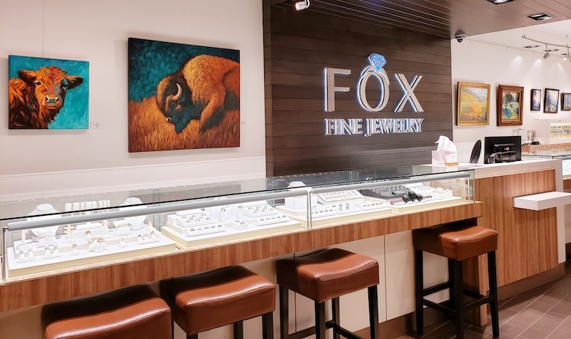 Attracting Customers with Art Displays at Fox Fine Jewlery